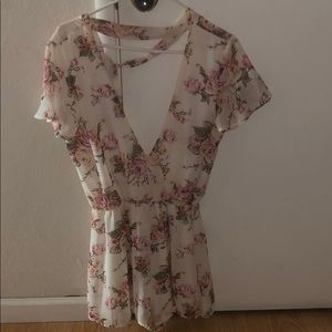 Other - Cute floral romper worn once!